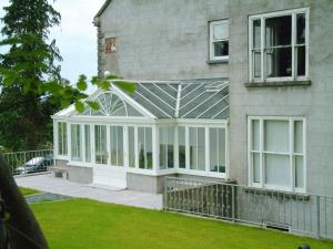 Lean Too Timber Conservatories West Midlands