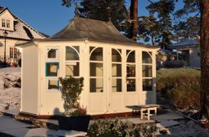pavilioner 2016-12-21 kl. 18.14.04