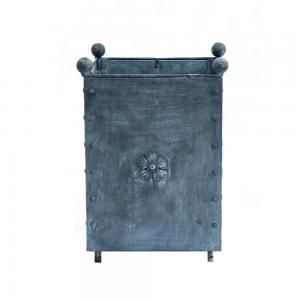 traditional-medium-steel-planter
